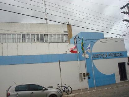 Sede da Vara da Justiça Federal em Jequié na Rua Laudelino Barreto (fundo da agência do Banco do Brasil)