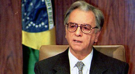 Ex-Presidente Itamar Franco morreu aos 81 anos em SP. Itamar foi vice de Collor e lançou o Plano Ewal que venceu a inflação