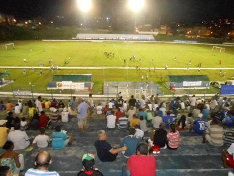 Torcedores do Itabuna deixaram o estádio reclamando do seu time