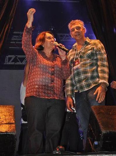 A prefeita Tânia Britto anunciou a abertura da festa ao lado do coordenador Sérgio Mehlem