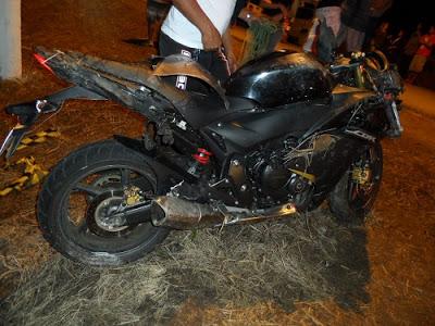 A jovem viajava na garupa da motocicleta