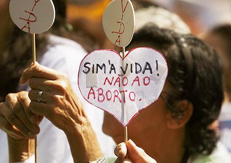 Igrejas católicas se manifestaram contra o projeto