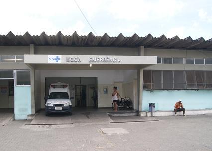 Denúncias frequentes sobre o funcionamento do Hospital Clériston Andrade são feitas pelo jornalista