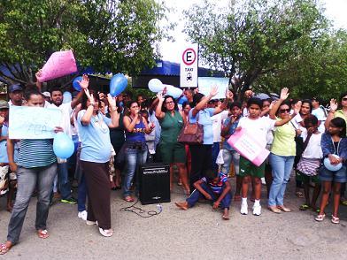 Moana Meira, presidente da APAE disse que manifestação foi uma das alternativas encontradas