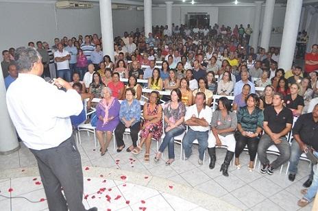 Antonio Brito fez enfático agradecimento aos eleitores (fotos João Lourenço)