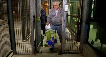 Pizzolato foi buscar documentos deixados  na cadeia Foto: Mastrangelo Reino/ Estadão