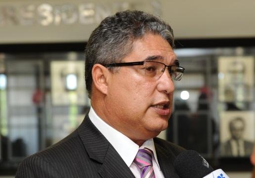 Deputado Rosemberg Pinto é o nome governista para a presidência da ALBA