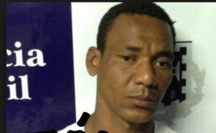 """Alexandre  souza  Santos """"Zói"""" teria sido visto no carro da vítima Foto: Departamento de Policia Técnica)"""