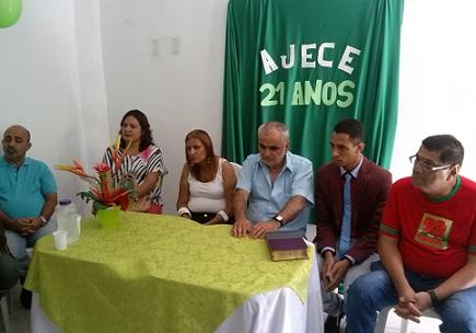 AJECE reúne convidados para comemorar aniversário de fundação