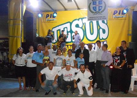 """Várias denominações estiveram representadas no """"Abraço da Paz"""" (foto Uberlan Costa)"""