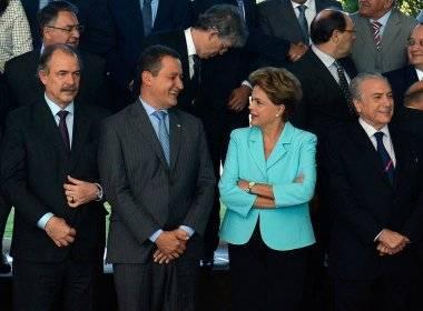 Presente ao encontro governador Rui Costa discute com a presidente Dilma agenda de sua visita à Bahia (foto reprodução)