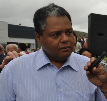 Antonio Brito tem se mantido sensível aos pedidos para ser candidato a prefeito em Jequié