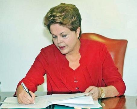 Diante do veto de Dilma, caberá ao Congresso Nacional analisá-lo e decidir se o mantém ou o derruba
