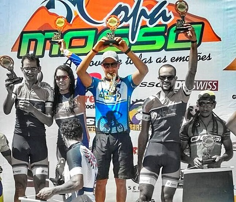 Luciano Bastos conquistou o lugar mais alto do pódio do Mountain Bike em 2015