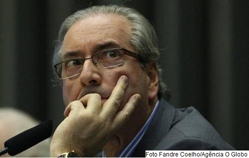 Eduardo Cunha negou que a desistência de viajar para a Itália esteja relacionada com a denúncia|