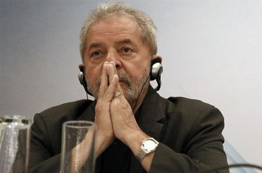 Desde outubro, a rejeição ao ex-presidente Lula cresceu seis pontos