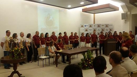 Comissões encarregadas da organização da festa foram apresentadas pelo casal presidente