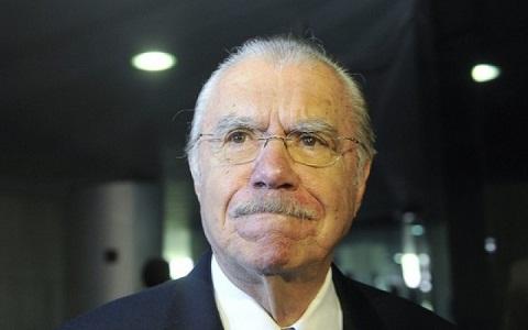 José Sarney prometeu manter o amigo distante do Juiz Sérgio Moro