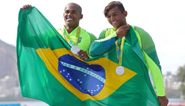 Isaquias Queiroz se torna o maior brasileiro em uma Olimpíada