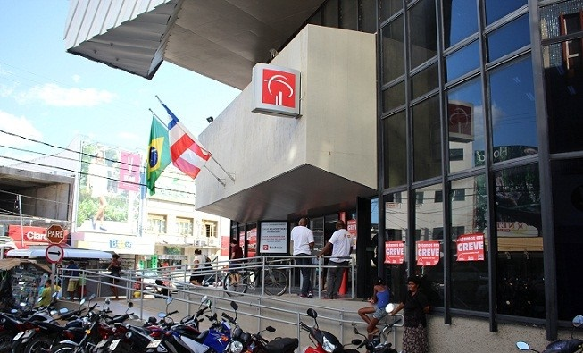 Bancários rejeitam contraproposta e greve continua