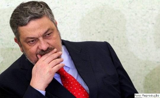 Antonio Palocci acusado de relação criminosa com a Odebrecht em empréstimos do BNDES
