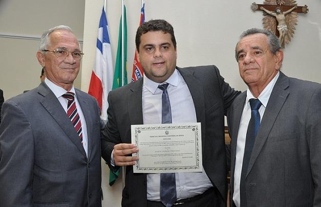 Deputado Euclides Fernandes (PSL) veio de Salvador prestigiar a diplomação do seu filho Ramon, o vereador mais votado do município