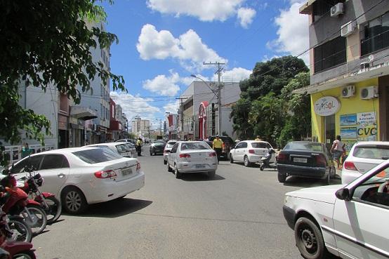 Prefeitura busca aumentar o espaço de estacionamentos no centro da cidade