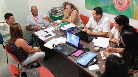 Secretário Roberto Gondim e equipe empenhados em aumentar o número de alunos na rede