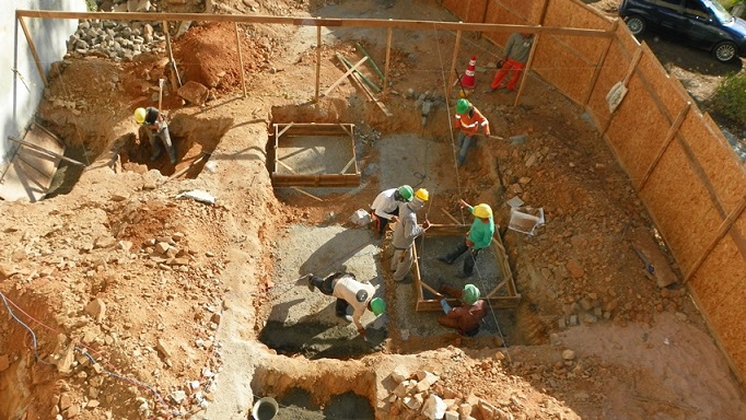 Nova empresa retoma obras de construção da ampliação do Prado Valadares