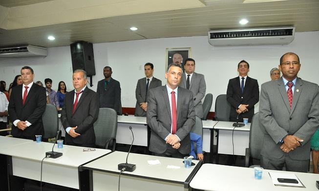 Vereadores da base aliada governistas buscam formar grupo de 11 cadeiras