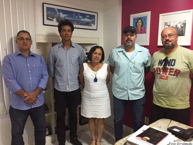 Representantes do Sindicato da Polícia Federal na Bahia pediu apoio à senadora Lídice da Mata (PSB)