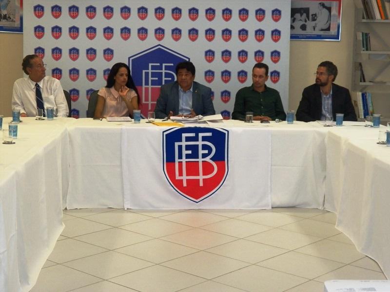 Ednaldo Rodrigues, da FBF presidiu reunião com dirigentes de clubes da Segundona