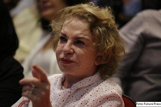 Dona Maria Letícia, sofreu o AVC  provocado pelo rompimento de um aneurisma que já havia sido diagnosticado há alguns anos