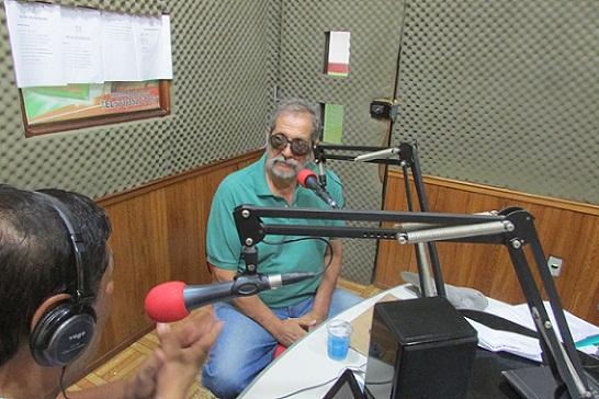 Diretor Badula explicou na 93 FM situação do programa MCMV em Jequié