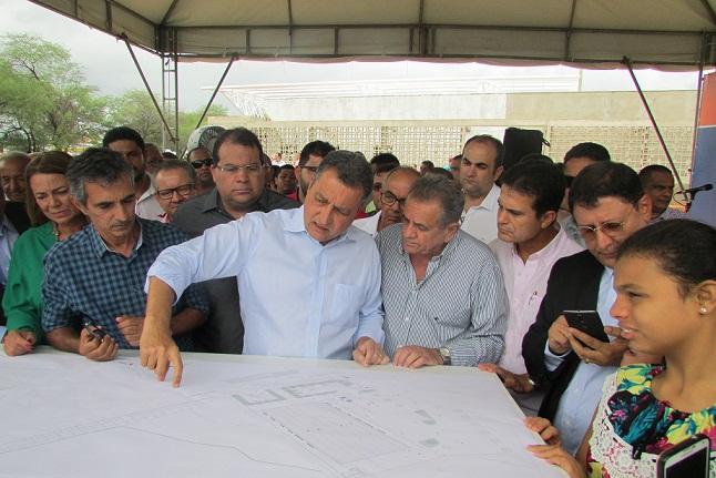 Rui Costa visita obras em execução e autoriza construção de novo SAC em Jequié