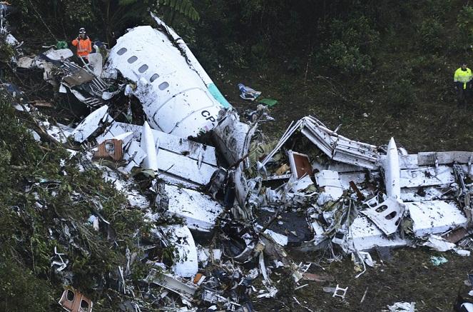 Queda do avião na Colômbia ocasionou as mortes de 71 pessoas
