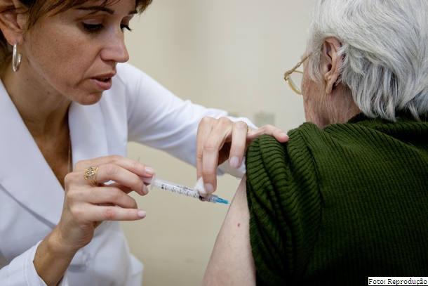 Vacinação contra a gripe começa na próxima segunda, 17