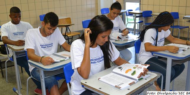 Educação estadual oferta 16.400 vagas para o pré-vestibular Universidade para Todos; 520 em Jequié