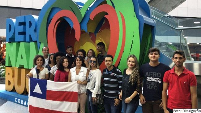 Estudante do Navarro de Brito apresenta projeto em Feira Internacional de Ciência