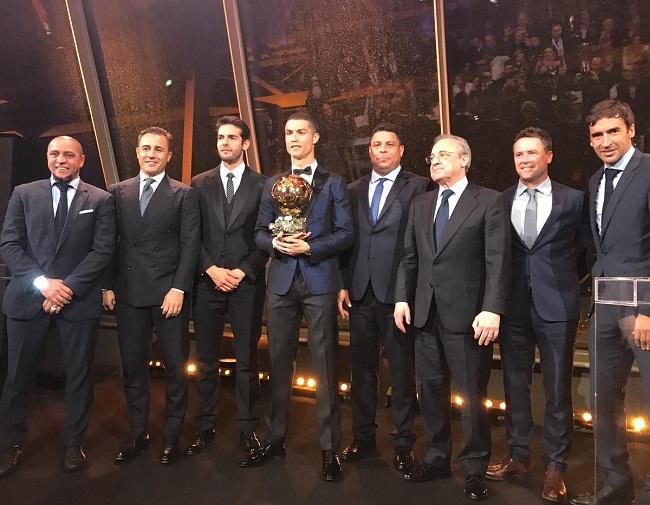 Cristiano Ronaldo é penta da Bola de Ouro, e Neymar fica na terceira posição